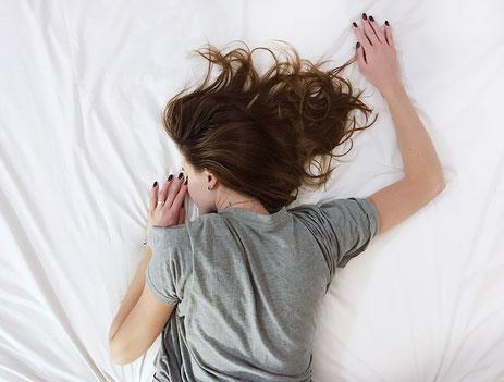 Schnarchen, Schlafapnoe, Schlafen