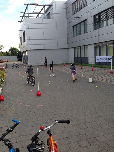 Fahrrad- und Rollerparcours