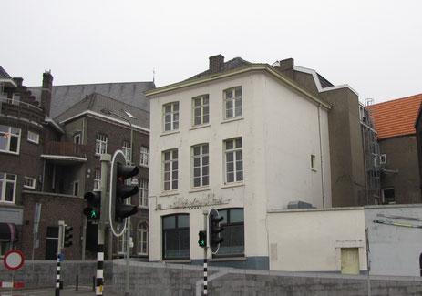 Kraanpoort 13 Roermond entrepot beschemd stadsgezicht