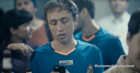 La Liga reconoce que su app usa tu micrófono y ubicación para espiar qué bares emiten fútbol sin licencia
