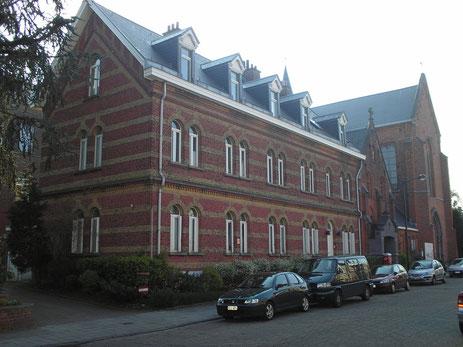 Le couvent et l'église des Religieuses de l'Adoration perpétuelle à Watermael-Boitsfort