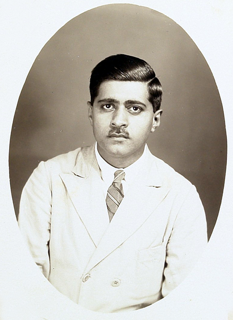 Photo is courtesy of the Jessawala Collection-AMB Trust India