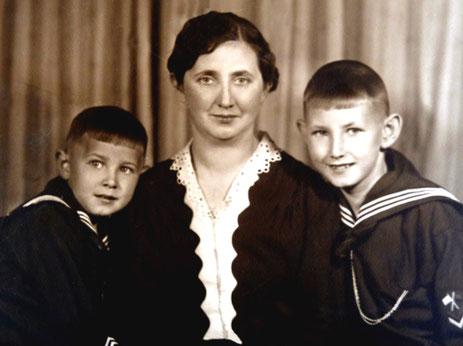 Raymund, Mutter Anna, Heinz