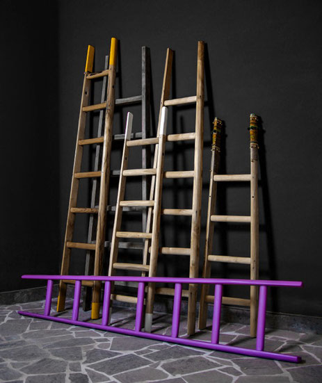 Collezione scale a pioli in legno per arredamento di interni - Collection by ellecuorea of wood ladders for interior decor