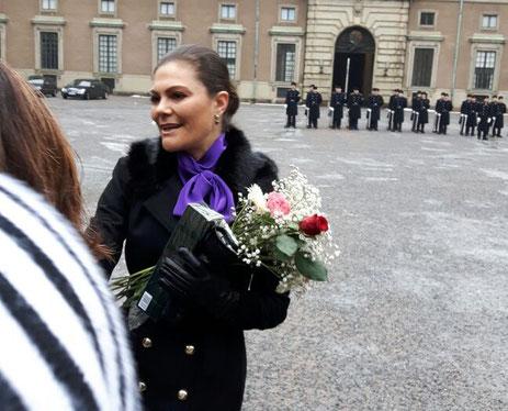 Aufregend: Magdalena, Maria und Lioba treffen die schwedische Kronprinzessin