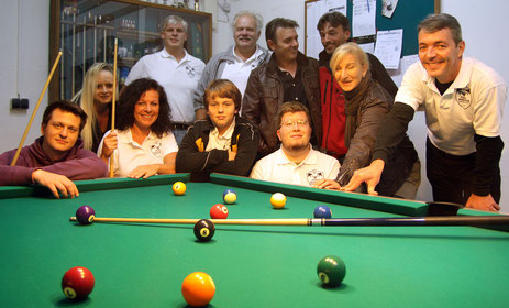 Gruppenbild Pool-Dragons