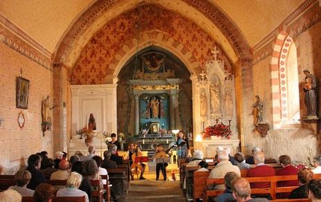 Choeur de la chapelle de Néronde