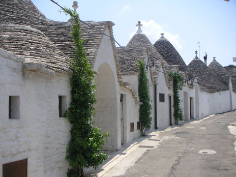 Alberobello Puglia Vespa Vespatour