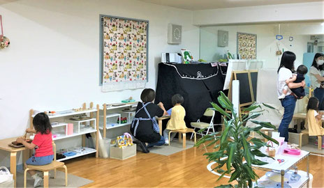 ひとりひとりの距離が確保できるようにレイアウトを見直して、幼児教室のレッスンを再開しました。