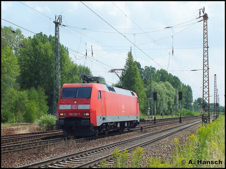 Als Lz rollt 152 132-7 am 16. Juli 2014 durch den Hp Leipzig-Thekla