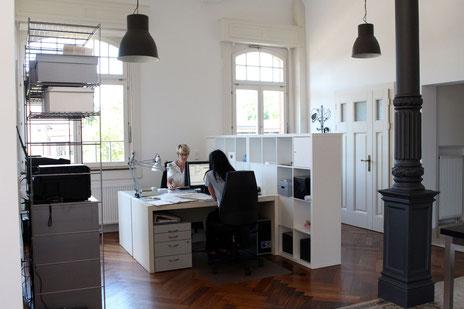 architekturbuero_waessa_bueroraeume_beim_arbeiten