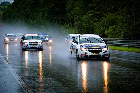 Rennfahrer aus Bad Salzuflen Dennis Bröker Chevrolet Cruze Eurocup 2020 Salzburgring Österreich Wetterchaos