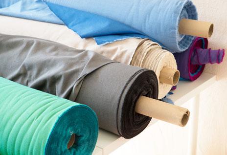 Die Huckepack Targetuchstoffe werden in Deutschland gewebt und gefärbt. Es werden ausschließlich Garne aus Biobaumwolle verarbeitet.