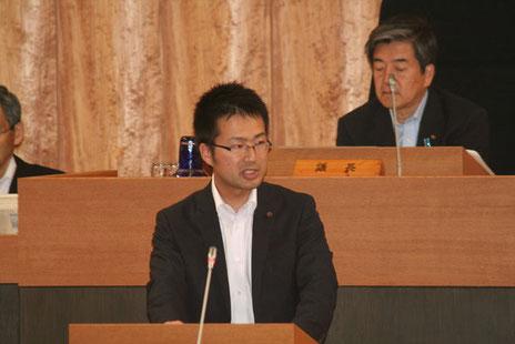 5月31日、市長の施政方針に対する会派代表質問に立ちました