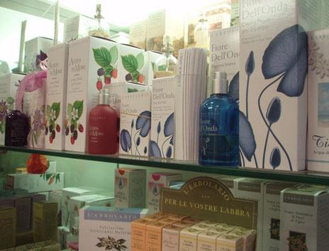 Prodotti L'Erbolario, Frais Monde, Weleda e tanti altri prodotti naturali e di qualità presso l'erboristeria L'Altea a Roma