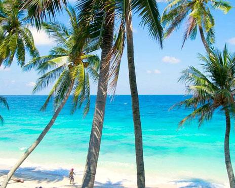 Het bounty strand van Pulau Weh bij Sumatra