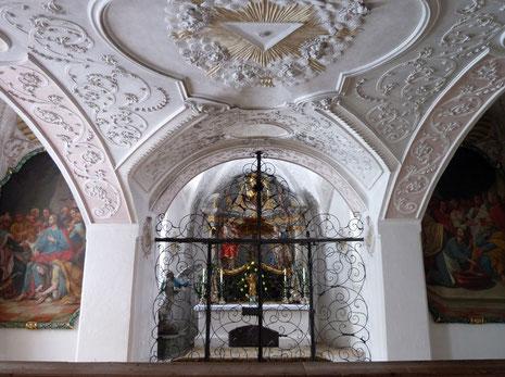 Die Kapelle unter der Treppe