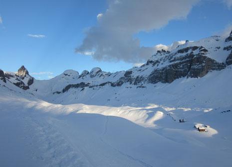 Die Glattalp ist im Winter eine sehr einsame Gegend - auf das Bild klicken