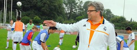 Stefan Kohfahl ist Direktor des Real-Madrid-Trainingscamps in Deutschland. Foto: Heinrich Jung
