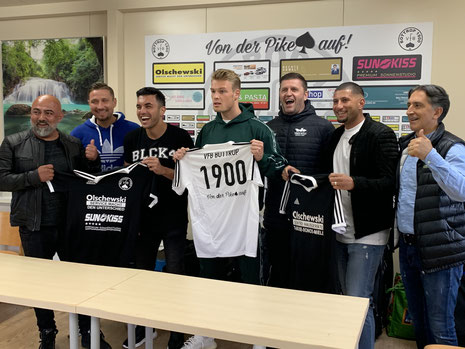 Von links: Eddy Kaya, Patrick Drechsler, Damiano Schirru, Devin Müller, Patrick Wojwod, Fatih Candan und Jupp Tubay.