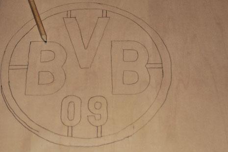 BVB-Laterne Borussia Dortmund 2 Logo Stege malen