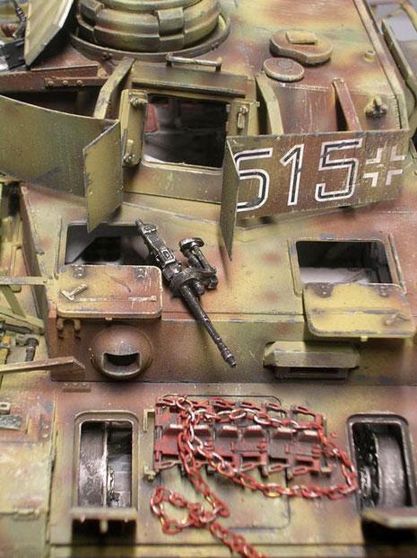 Das Bug-MG ist ausgebaut, um die spätere Wartungszene darzustellen.