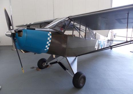 Eine Piper Club im Invasionslook-natürlich flugfertig!