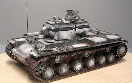 KV-1 mit 76mm Kanone und deutscher Pzkw III-Kuppel, sowie deutscher Funkanlage. (Winter 1943)