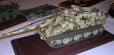 Reissbrettprojekte und Military-SciFi sind ein ungebrochener Trend-auch auf Ausstellungen.