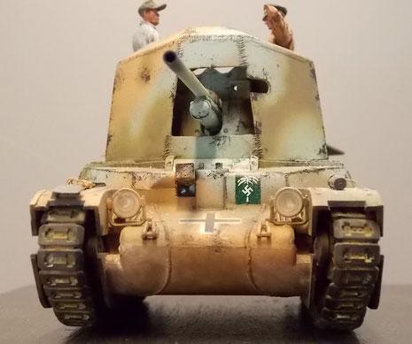 Der geschweisste, gepanzerte Aufbau mit dem Schwenkrahmen für die mittlere Pak.