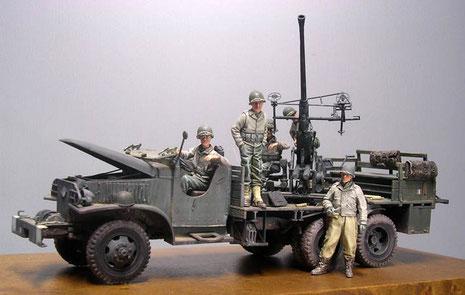 Fahrzeug und Besatzung wurden für ein Diorama vorbereitet.
