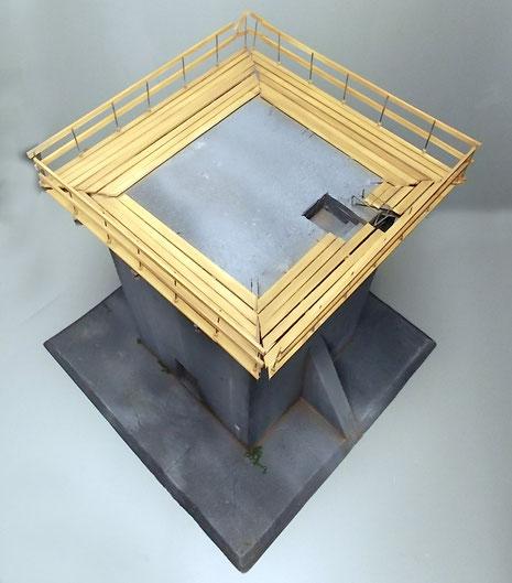 Der Aufbau aus der Vogelperspektive. Deutlich sieht man den Ringstand aus Holz, der heute nur noch durch die Stahlträger erahnbar ist.
