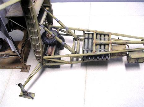 Eine aufwendige Kompressoranlage ist im Anhänger integriert.