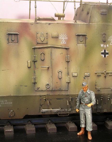 Nahkampfluken sind zahlreich über den Aufbau verteilt, sie ermöglichten den Infanteriekampf vom Wagen aus.