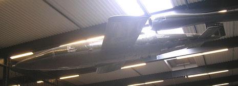 V1 Flügelbombe an der Decke!