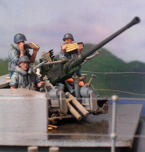 Und Flugabwehr auf der Back.
