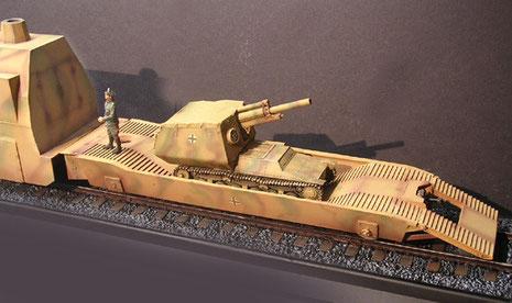 Panzerträgerwaggon mit 152mm russische FHbtz auf Marder I Fahrgestell