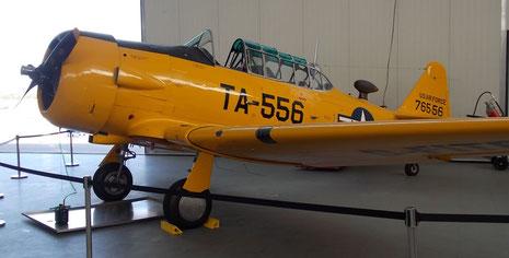 T33 Trainer Baujahr 1943-vornehmlich bei der US Arifroce und Canadian AirForce in der Anfängerschulung genutzt.