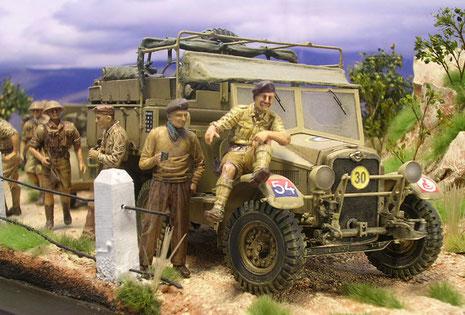 """Der Morris 3/4 Tonner-ein typisches britisches Fahrzeug, was auch bei den Deutschen als Beutefahrzeug sehr beliebt war. Hier mit den Divisionskennzeichen der Wüstenratten (""""Desert Rats"""")."""