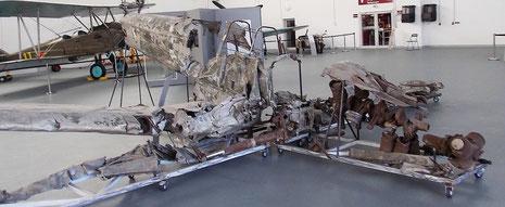 Direkt daneben das Wrack einer Me 109 E3, die eigentlich für Jugoslawien als Export vorgesehen war, aber dann doch in den österreichischen Alpen abstürzte.