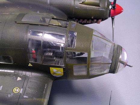 Cockpit wurden mit Ätzteilsatz von Eduard für die Armaturen aufgewertet.