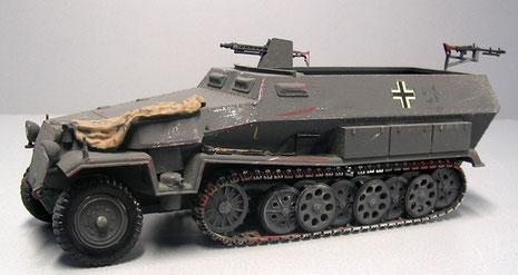 Bezeichnend für die Ausf. C der komplizierte genietete Aufbau mit den vielen verwinkelteten Panzerblechen.
