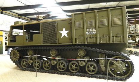 M4 Zugmaschine für 203mm Haubitze
