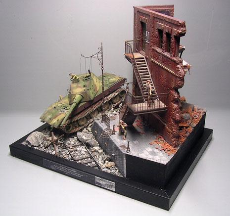 Das Diorama ist von vorne und hinten gestaltet und hat somit viele Blickwinkel zu bieten.