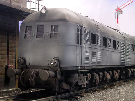 Für eine Lok der 40er Jahre hat sie durchaus modernen Charakter und greift in ihrem Design vielen späteren, deutschen Loks vor.