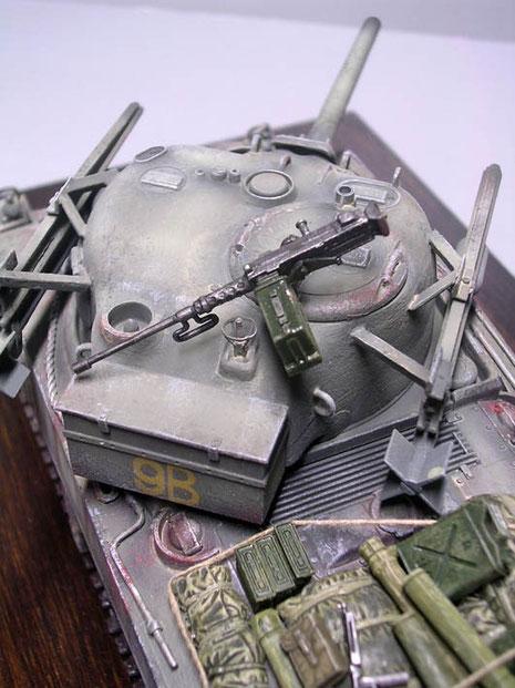 12,7mm Browning-MG als Fla-Bewaffnung.