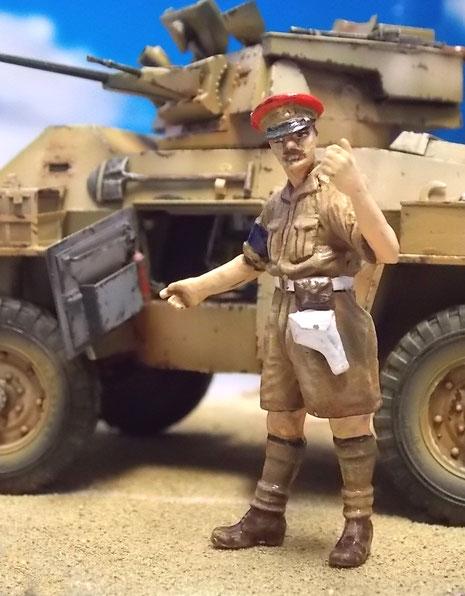 Der britische Officer ist eine Zinnfigur aus England.