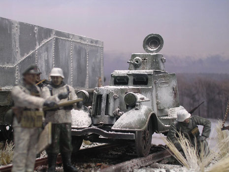 Der BA-20 als Schienenfahrzeug- in der Beuteausführung der Wehrmacht und in Wintertarnung.