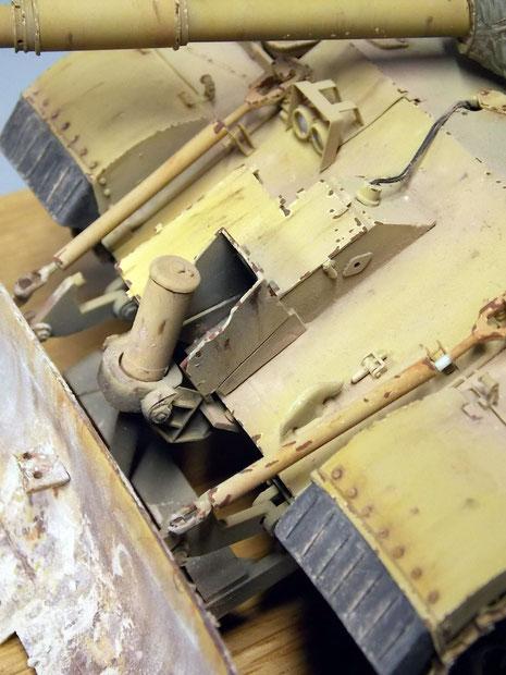 Die Mechanik des Räumschildes ist filigran und mit den richtigen Abriebspuren an den beanspruchten Stellen dargestellt.