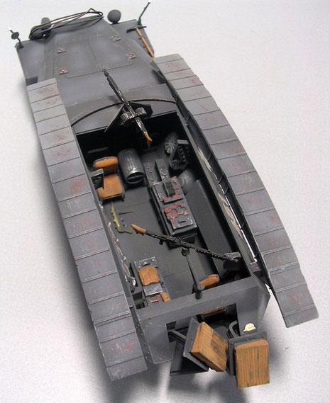 Hier erkennt man die Lagerung der Sturmbrückenteile der Pionierausführung auf den seitlich angebrachten Höckern.